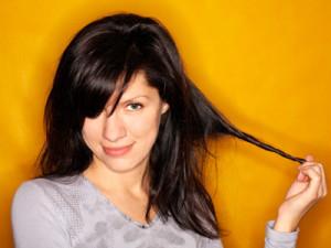 does she like me hair twirl