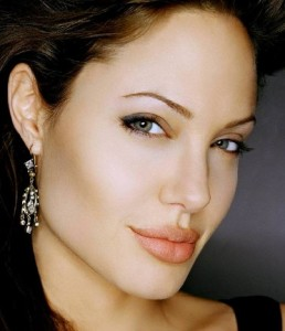 does she like me angelina jolie