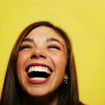 How to Flirt the Right Way – Videos that Help You Be Funnier