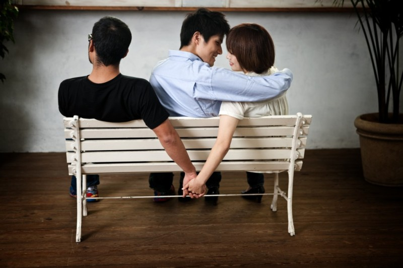 7 Reasons Why Men Should Be Forgiven For Cheating, but Women Shouldn't
